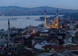 Istanbul, una meraviglia sospesa tra Oriente e Occidente