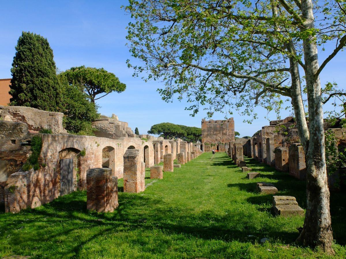 Cosa vedere a  Ostia: 1 giorno tra Pasolini e gli scavi di Ostia Antica