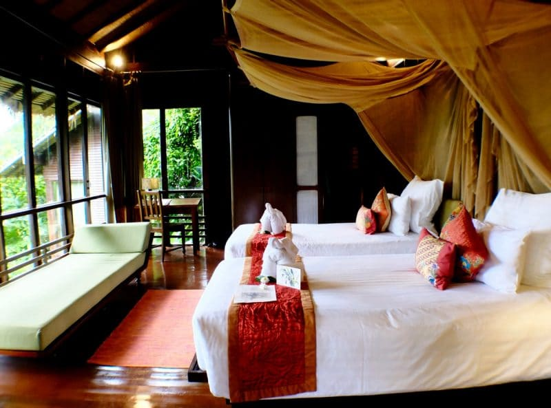 Phi Phi Island - Zeavola Resort Room