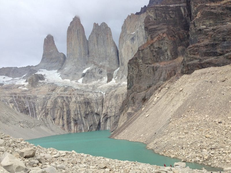 Cile del sud: la vista delle 3 torri dal Mirador de las Torres a Torres del Paine