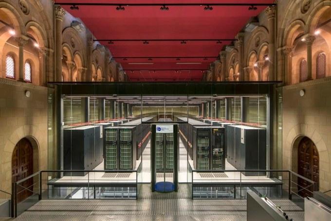 Barcellona insolita - Barcelona supercomputing center