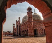 Passaggio in Pakistan: dall'Italia all'Asia Centrale sulle orme di Terzani