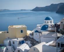 Una vacanza a Santorini: a caccia di tramonti nell'isola più romantica delle Cicladi