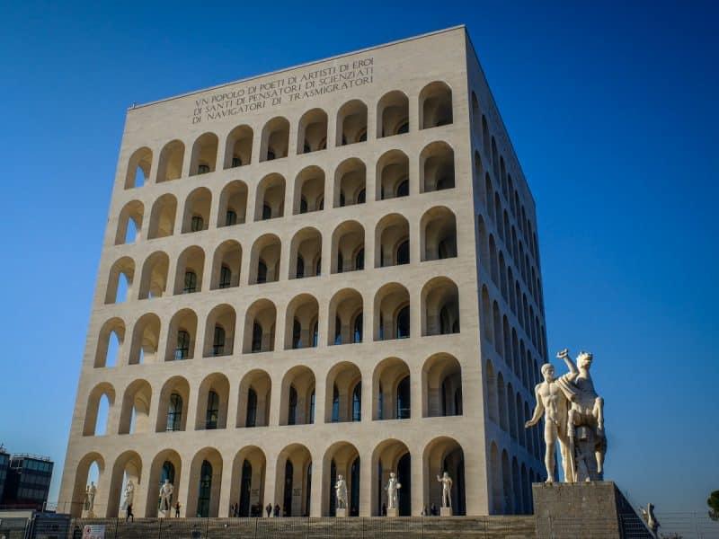 Roma Insolita - colosseo quadrato