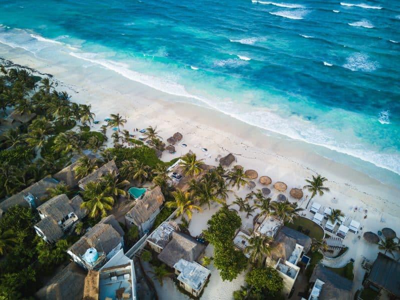 Tulum - spiaggia- drone