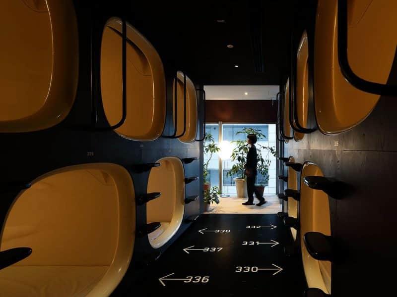Dove dormire a Tokyo - capsule hotel