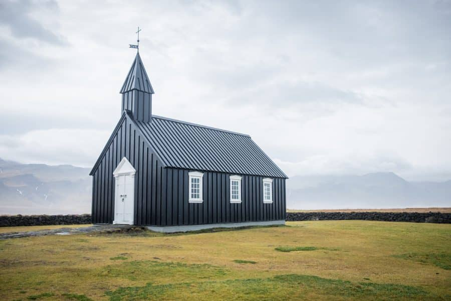Islanda black church
