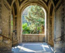 Napoli insolita: 10 luoghi da non perdere