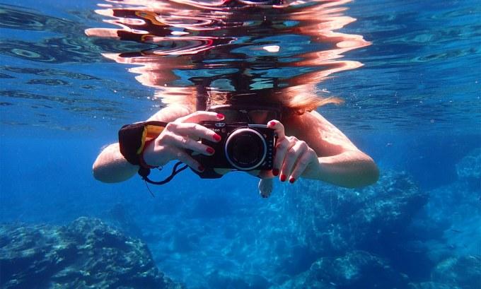 macchina fotografica da viaggio subacquea
