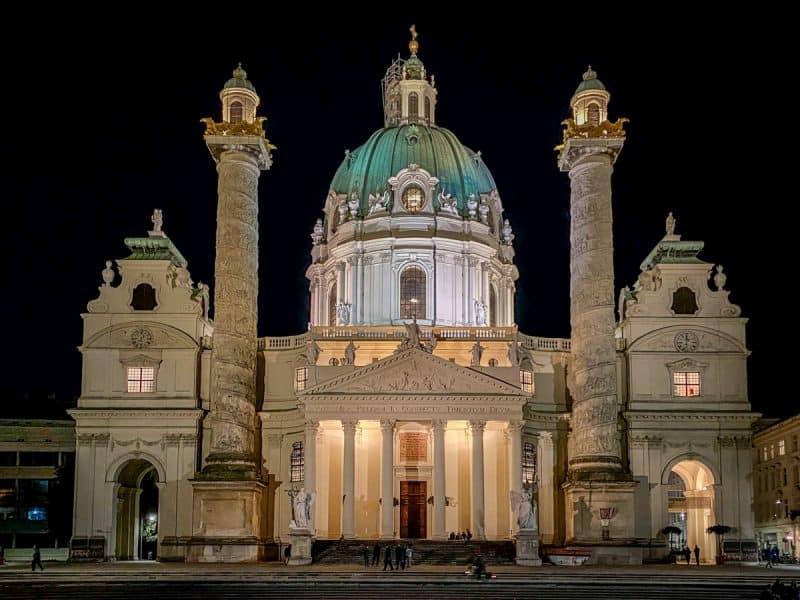 Vienna - Karlskirke
