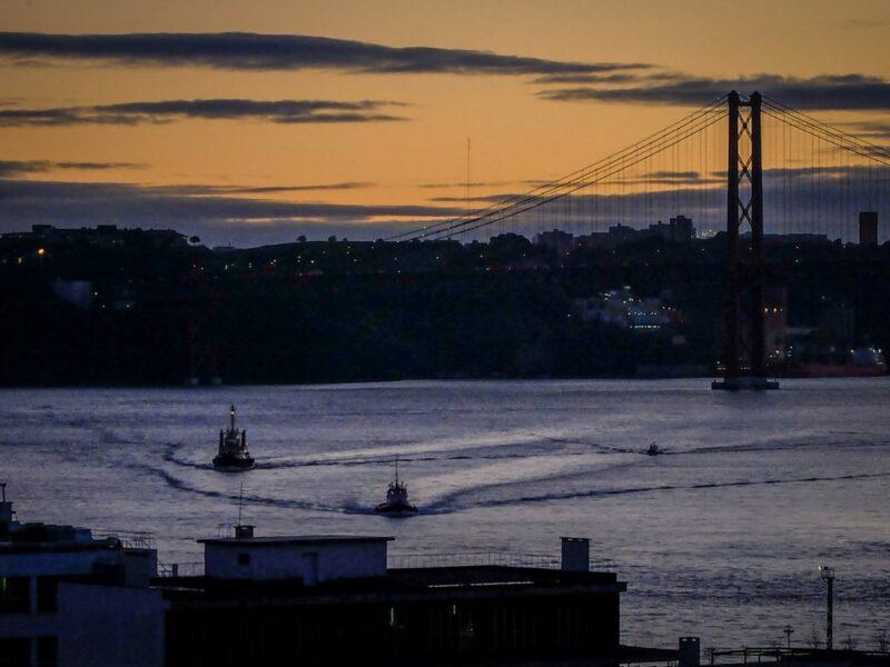 Lisbona- vista dal miradouro del Santa Caterina