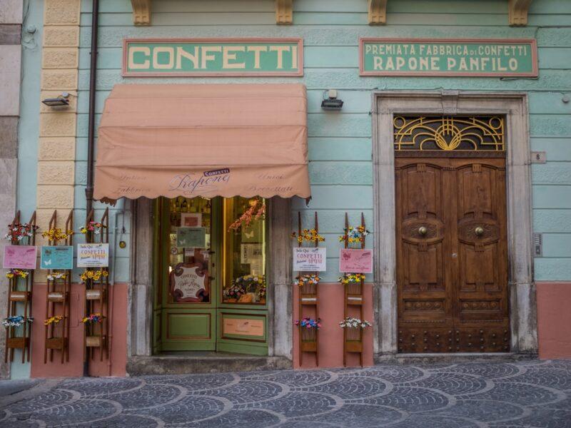 Sulmona - negozio di confetti