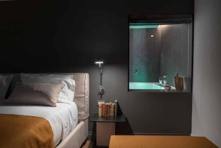 Artemisia Domus - camera con spa privata per un weekend romantico