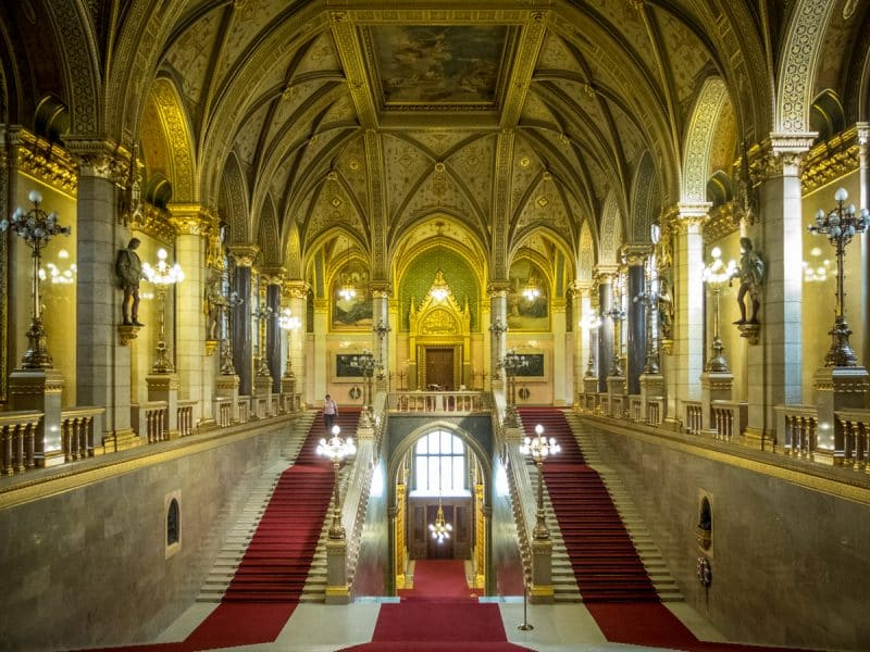 Parlamento di Budapest - la scala d'onore